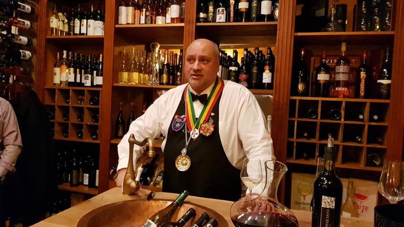 Cursuri Inedite și atestate Artech Wine: barman, sommelier, curs de bune maniere!
