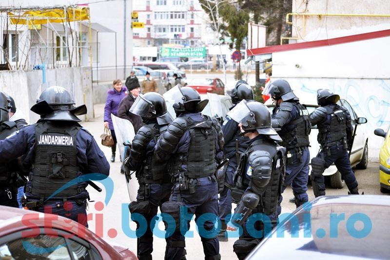 Dispozitiv de ordine publică suplimentat de jandarmi pentru meciul cu Legia