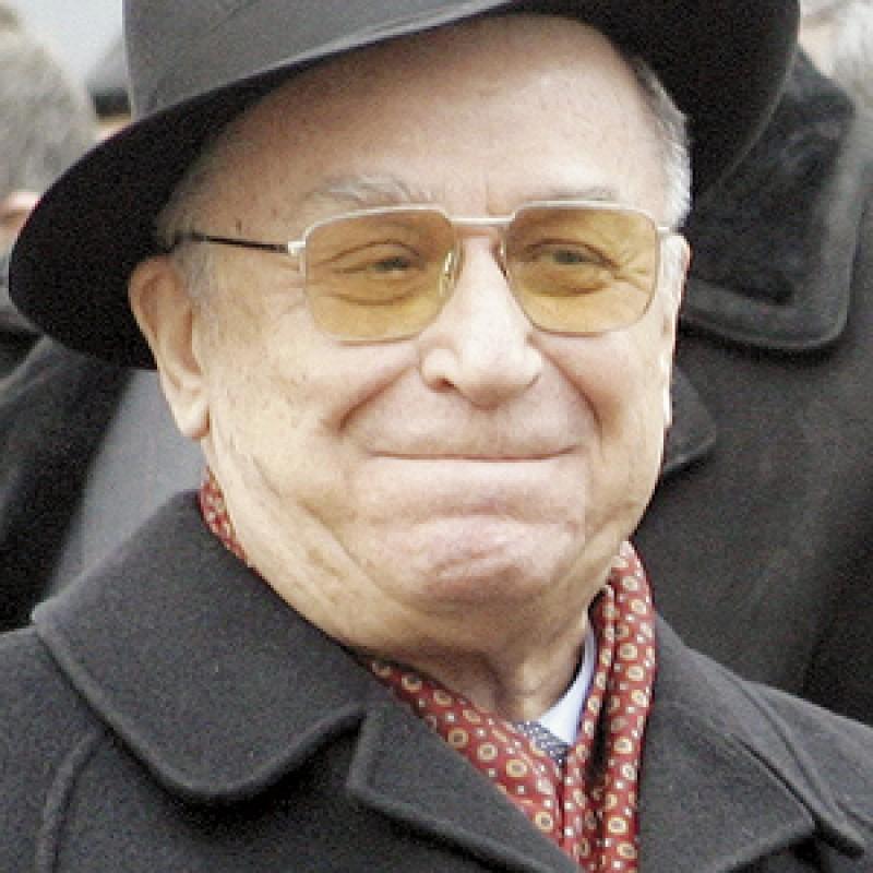 Ion Iliescu a serbat 60 de ani de la absolvirea liceului