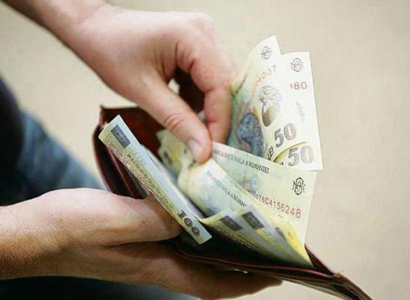 Noi taxe pentru români