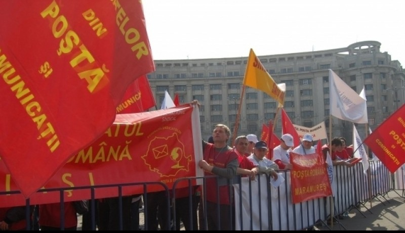Posta negociaza cu sindicalistii concedierea a 296 de angajati si desfiintarea a 343 de posturi!
