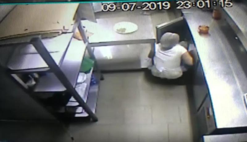 Un restaurant din Botoșani funcționează cu sigiliul poliției pe bancul de lucru. O tânără a murit electrocutată la muncă
