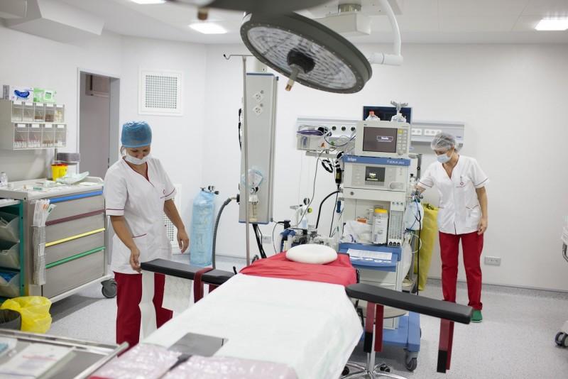 Vom spune prin SMS sau online cum am fost tratati in spitale - zece intrebari, printre care si daca am dat spaga