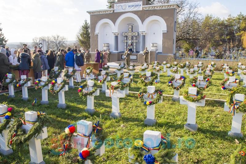 FOTO&VIDEO: Copiii statului au omagiat eroii anonimi din Botoșani, într-un eveniment de rară încărcătură spirituală