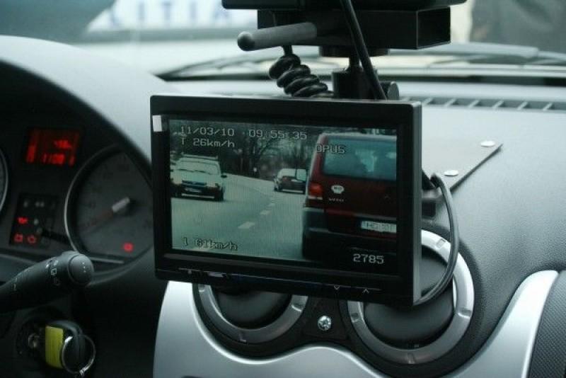 10 aparate radar în calea șoferilor: În 24 de ore, 90 de conducători auto au fost amendați!