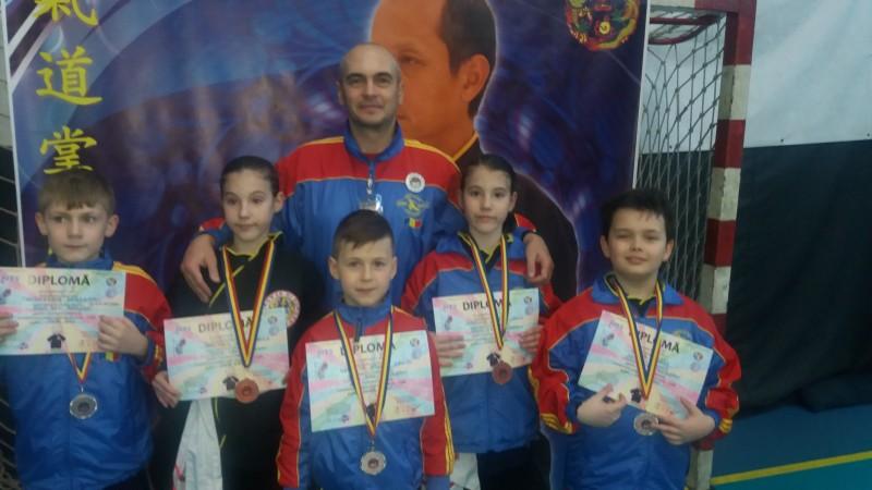 10 medalii pentru elevii clubului CS SINH DAU Botosani - FOTO