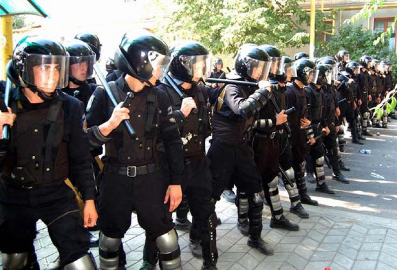 10.000 de jandarmi ar putea fi transferați la Poliția Română!