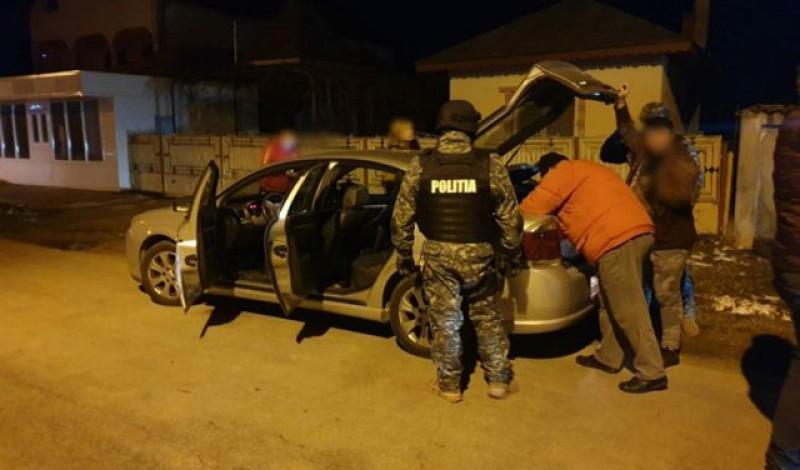 10.000 de lei amenzi după o razie la Botoşani şi Cucorăni efectuată de polițiștii de la Botoșani