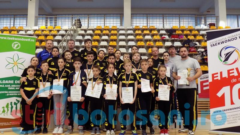 11 medalii castigate de Clubul Sportiv Real Taekwondo Team, la Campionatul National Taekwondo WTF
