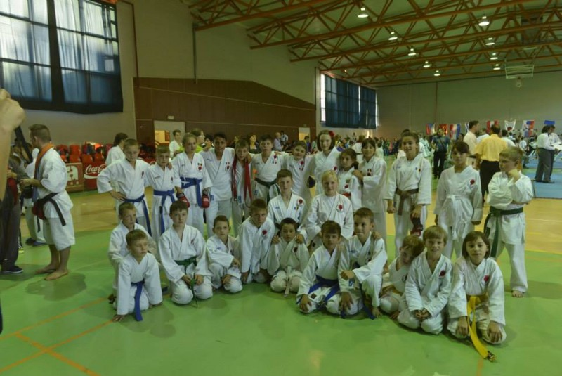 25 de medalii obţinute de sportivii de la Black Tiger Botosani, la Campionatul European International de Karate! FOTO
