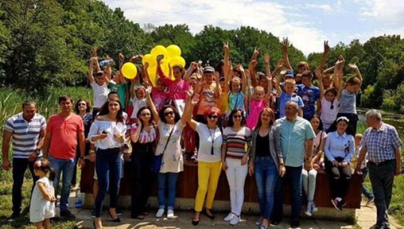 35 de copii în excursie de 1 iunie, alături de liberalii botoșăneni!