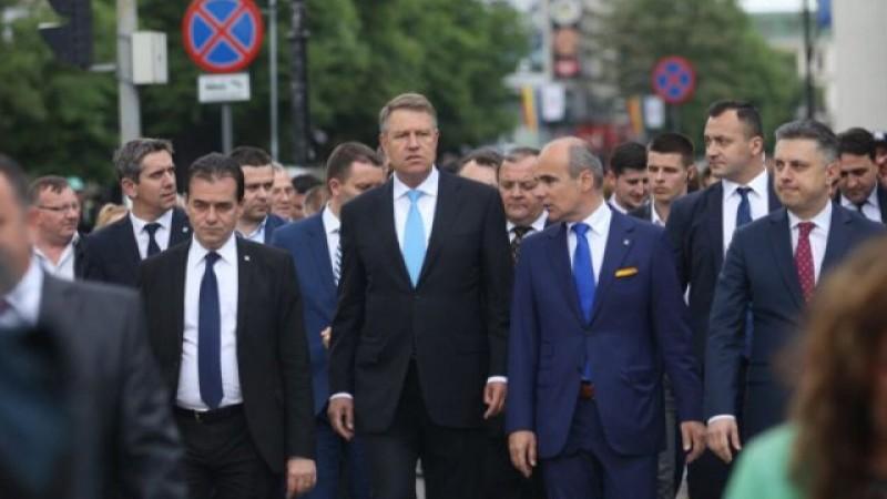 400 de liberali au plecat la Iași, la întâlnirea cu Klaus Iohannis