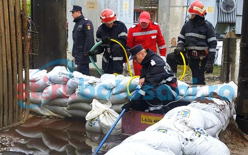 60 de tone de ulei cu apă, adunate după incendiul din Zona Industrială! Pericol de contaminare a solului!