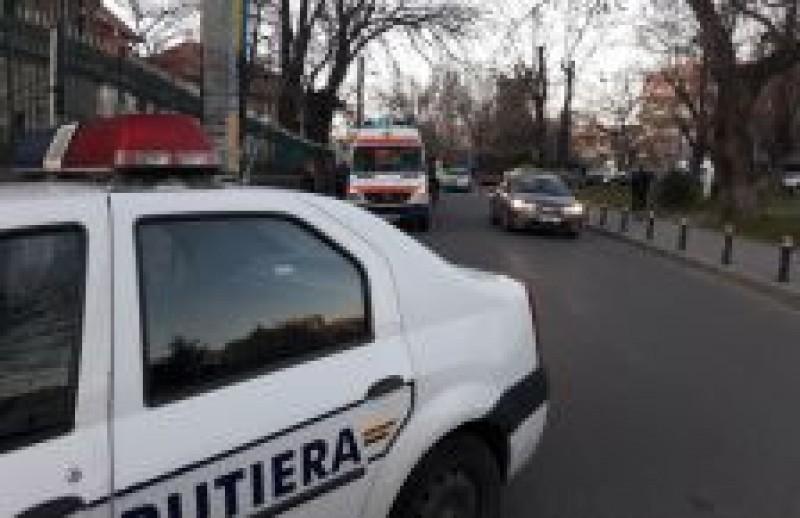 A avariat un autoturism pe Sucevei și s-a făcut nevăzut