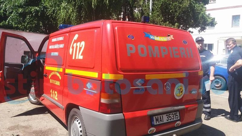 A cerut ajutorul pompierilor după ce a rămas blocată în casă