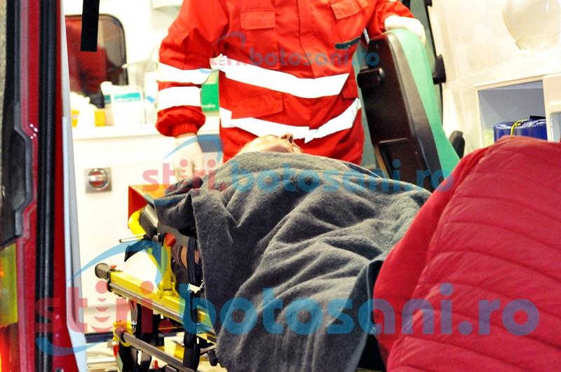 A murit de frig, în șanțul de pe marginea drumului! Medicii l-au resuscitat în zadar