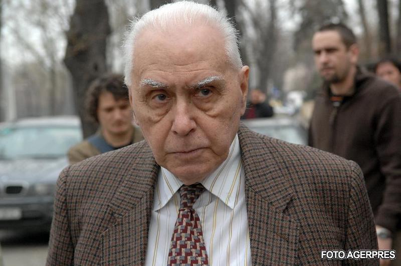 A murit Radu Campeanu, primul presedinte al PNL dupa 1989