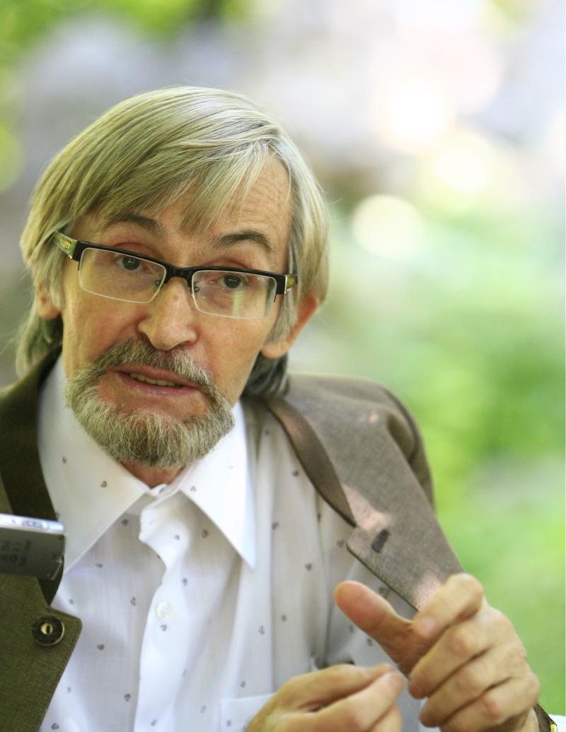 A plecat la cele veşnice scriitorul Vasile Andru!