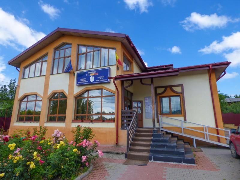 (A) Primăria comunei Mihai Eminescu-Anunț cu privire la taxele și impozitele locale