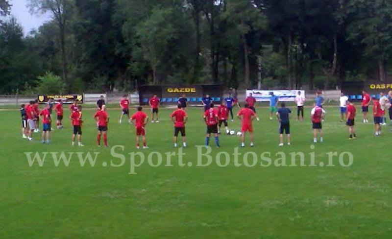 A sunat alarma si la FCM Dorohoi! 35 de jucatori la primul apel, printre care Porfireanu, Iordache si Halip! - FOTO
