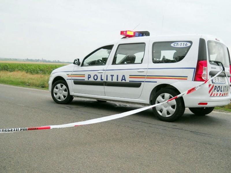 A urcat la volan, dar aventura s-a terminat prost: Doi răniți, dosare penale și o mașină avariată!
