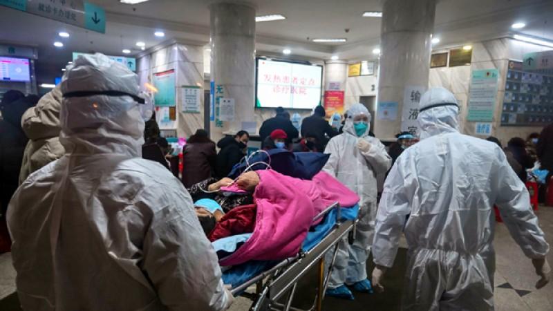 Abia acum începe dezastrul: Virusul criminal chinezesc a omorât într-o singură zi 240 de oameni!