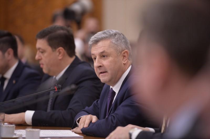 Abuzul în serviciu va fi votat luni în Comisia Iordache. Modificările Codului Penal, votate marţi în Senat