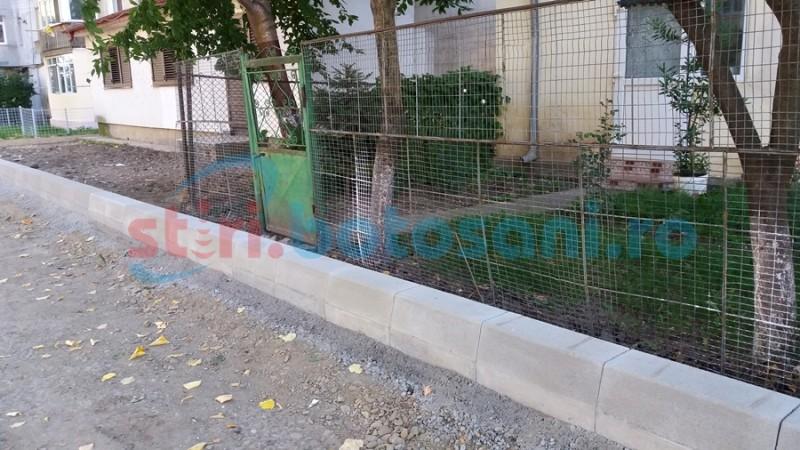 Acces interzis în apartament din cauza lucrărilor de modernizare dintr-un cartier din Botoşani FOTO