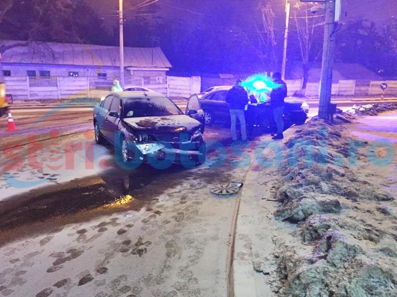 Impact violent pe strada Sucevei, din vina unui șofer beat! Două persoane au fost rănite! FOTO