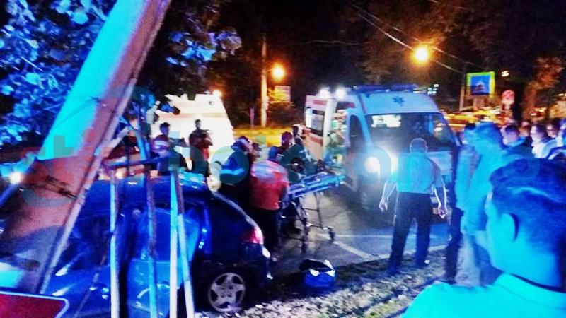 Bărbat rănit în accidentul de pe Bulevard, transferat în stare gravă la Iași! Care este starea celorlalte victime!
