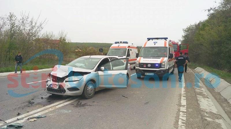 Accident grav la Baisa! Părinţi şi doi copii răniţi, după o ciocnire violentă cu o altă maşină, recent cumpărată! FOTO