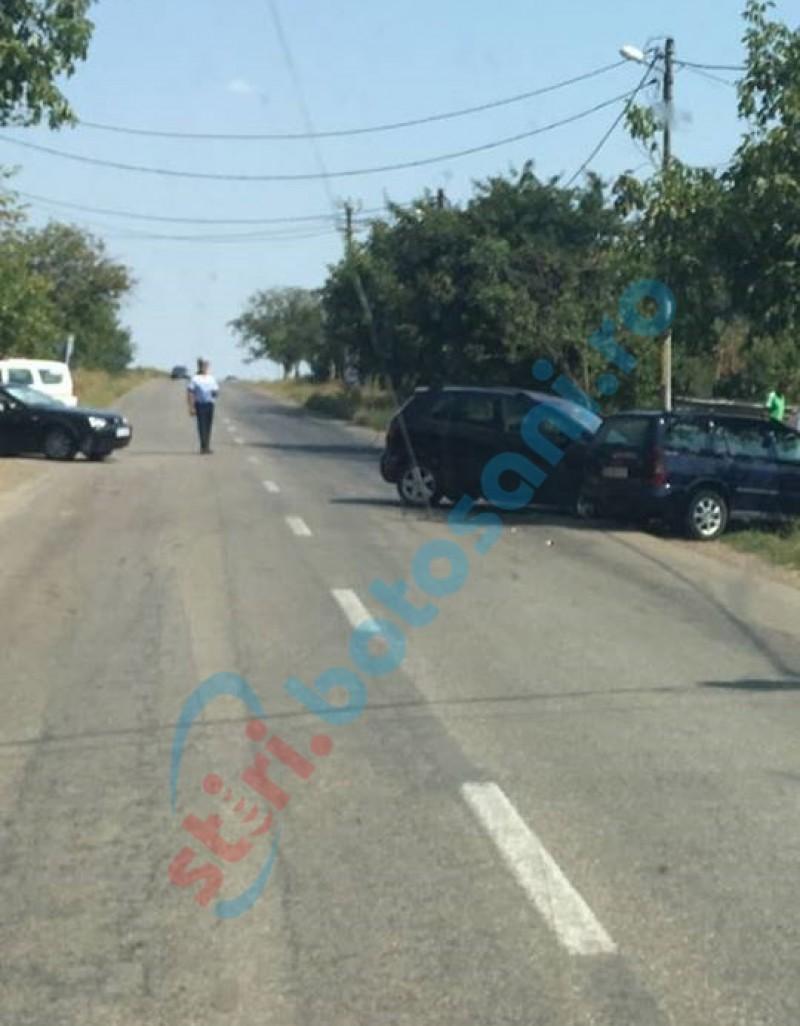 Accident cu trei mașini, la Victoria! O femeie a ajuns la spital! FOTO