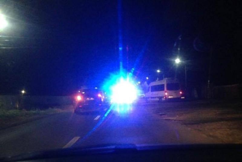 Accident grav la Cătămărăști, victimă în comă. Un pompier aflat în timpul liber a oprit pentru a acorda primul ajutor! FOTO