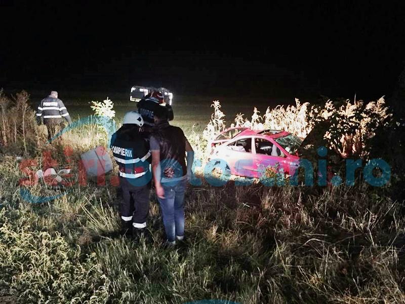 Accident grav la Cucorăni! Patru tineri răniți, unul a rămas încarcerat! FOTO