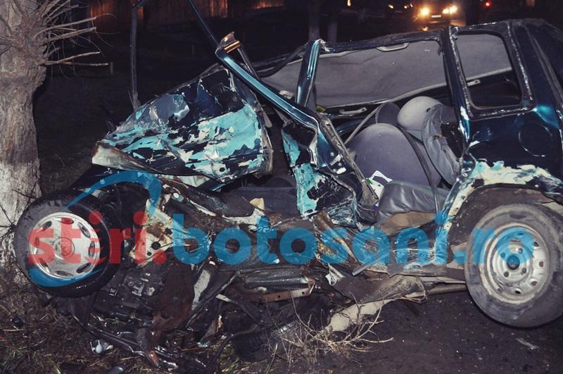 ACCIDENT GRAV la Dorohoi! Un barbat a murit, iar sotia sa a fost grav ranita, dupa ce un BMW si un Tico s-au ciocnit! FOTO