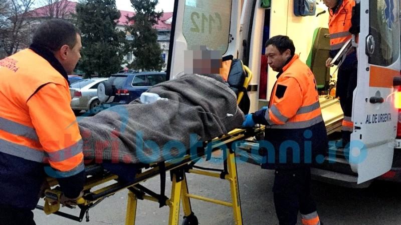 Accident groaznic la Roma! Un bărbat a căzut pe spate într-un fier beton! FOTO
