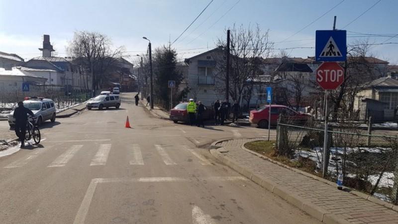 Accident în Botoşani. Maşini avariate din cauza neatenţiei unui şofer-FOTO