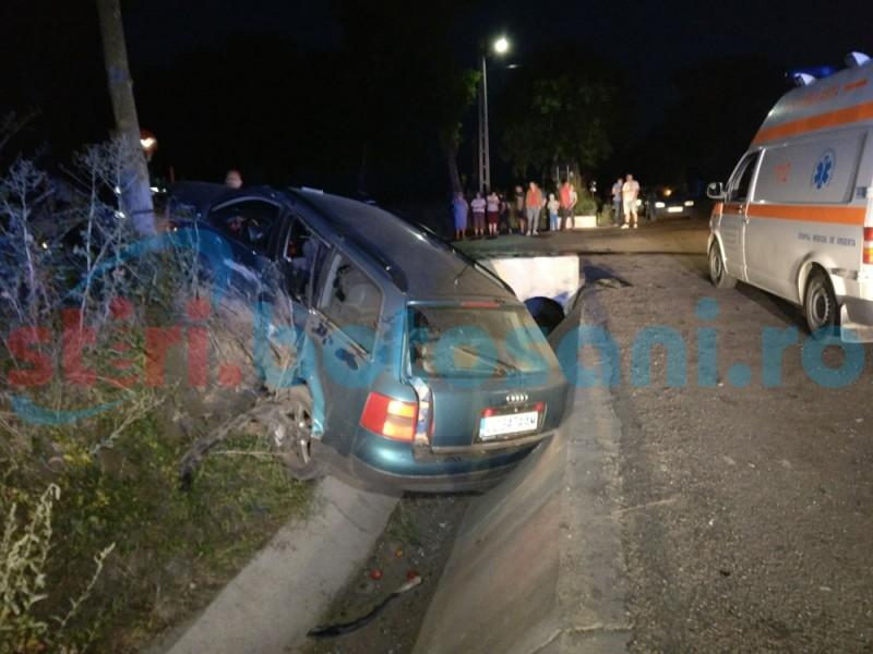 Accident în intersecția morții de la Orășeni Deal, provocat de o măicuță! Cinci persoane rănite! FOTO