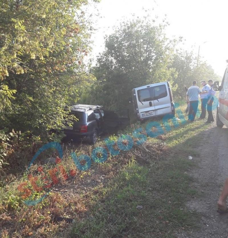 Accident la ieşirea din municipiu! Tânără rănită după ce o maşină a fost proiectată într-un stâlp! FOTO