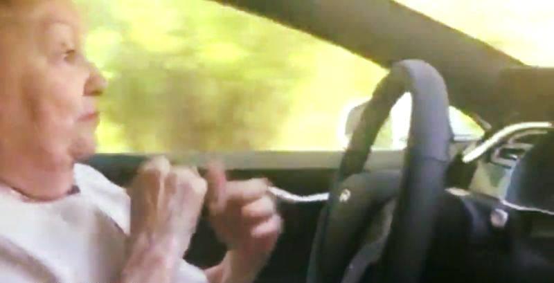 Accident neobișnuit la Blândești: Șoferița 88 de ani, victima cu un an mai mare!