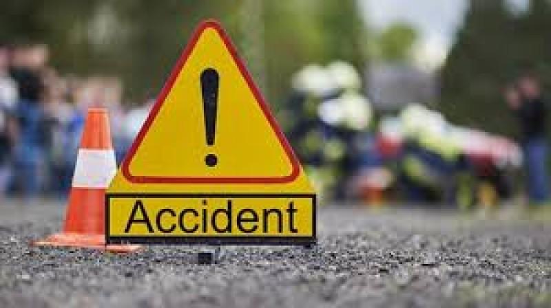 Accident pe drumul naţional Botoşani-Săveni! Un autoturism şi o autoutilitară implicate