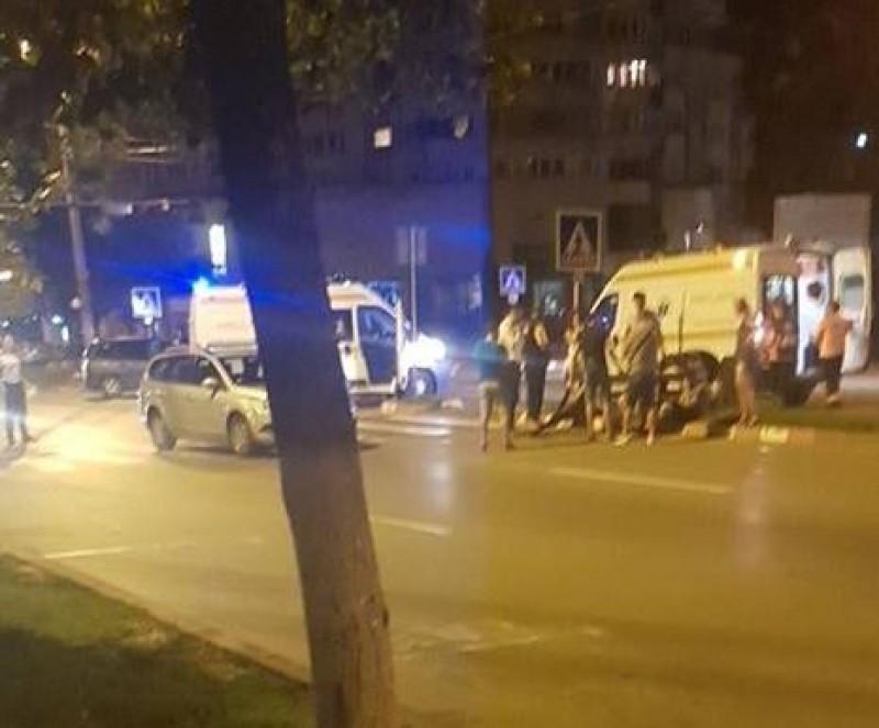 Accident pe trecerea de pietoni: Trei persoane transportate la spital
