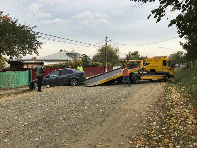 Accident provocat de o șoferiță beată criță. O persoană a fost rănită!