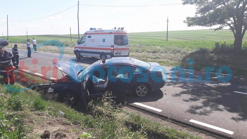 Accident cu două victime, la Popăuţi! Un şef de la Drumuri Naţionale, implicat în evenimentul rutier! FOTO