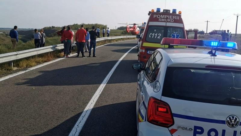Accident rutier soldat cu rănirea a doi tineri