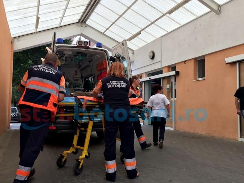 Accident vascular în tramvai! Bătrân ajuns la spital în stare gravă!