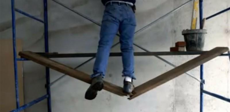 Accidente de muncă la două societăți botoșănene: Doi angajați au căzut de la înălțime!