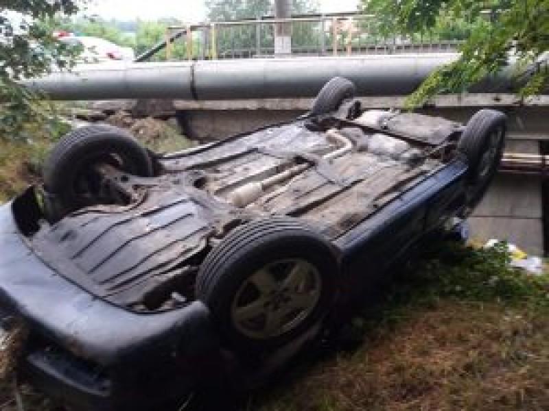 Accidentul de la Șcheia: Șoferul din Botoșani și pasagerul din Suceava au scăpat ca prin minune!