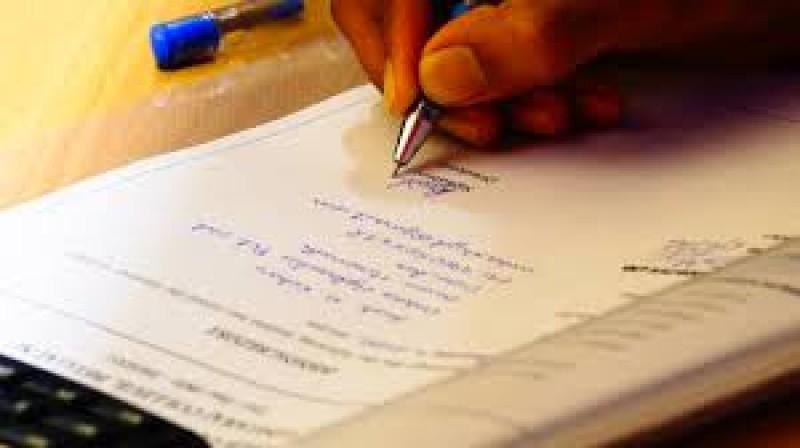 """Actele """"de mână"""" vor putea fi titluri executorii, chiar dacă nu sunt înregistrate în registrele publice"""