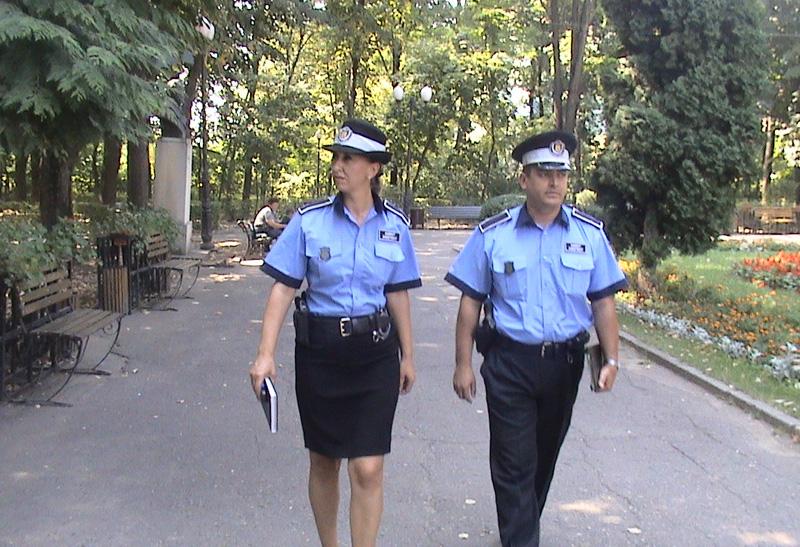 Polițiștii locali vor intensifica activitatea de patrulare în zona instituțiilor de învățământ